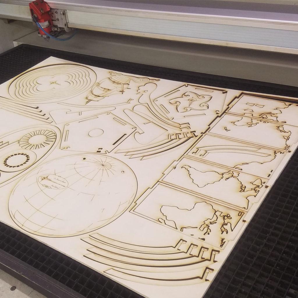 planche peuplier découpée au laser