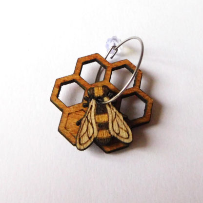 Boucle abeille bois fait-main