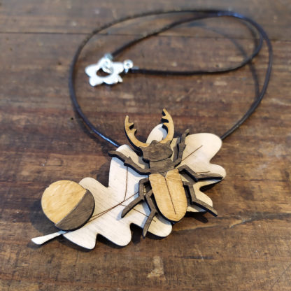 bijou lucane en bois fait-main