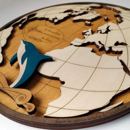 carte du monde en bois fait main