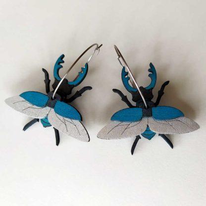 boules oreilles insecte bleues