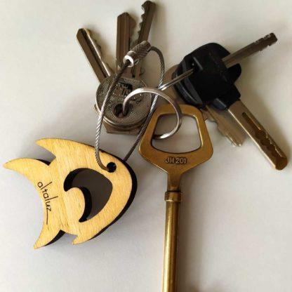porte-clé en bois poisson